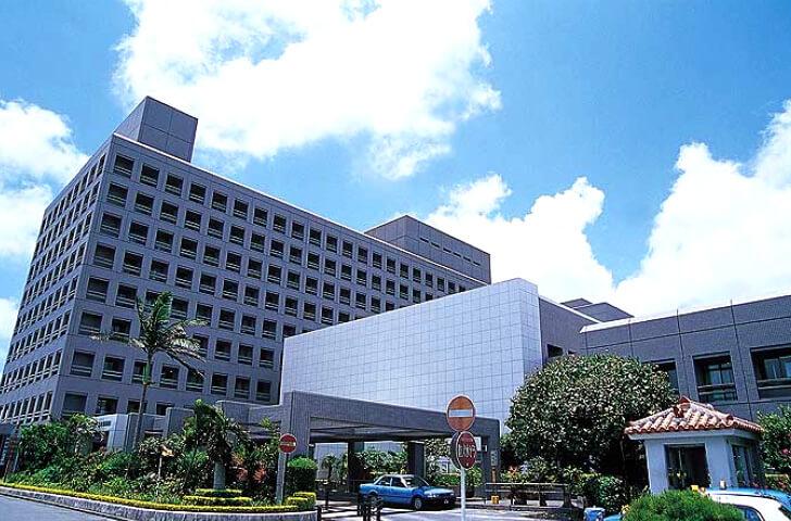 琉球大学医学部附属病院の外観